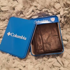 COLUMBIA IDENTITY THEFT WALLET